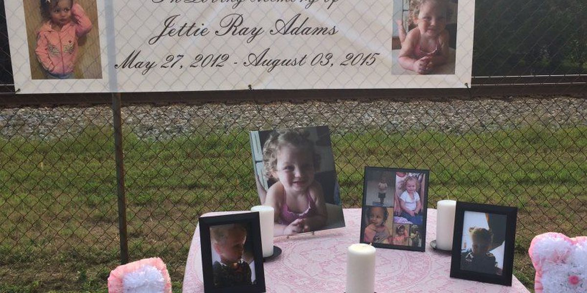 Neighbors react to double shooting and vigil held for toddler allegedly killed by her mom, mom's boyfriend