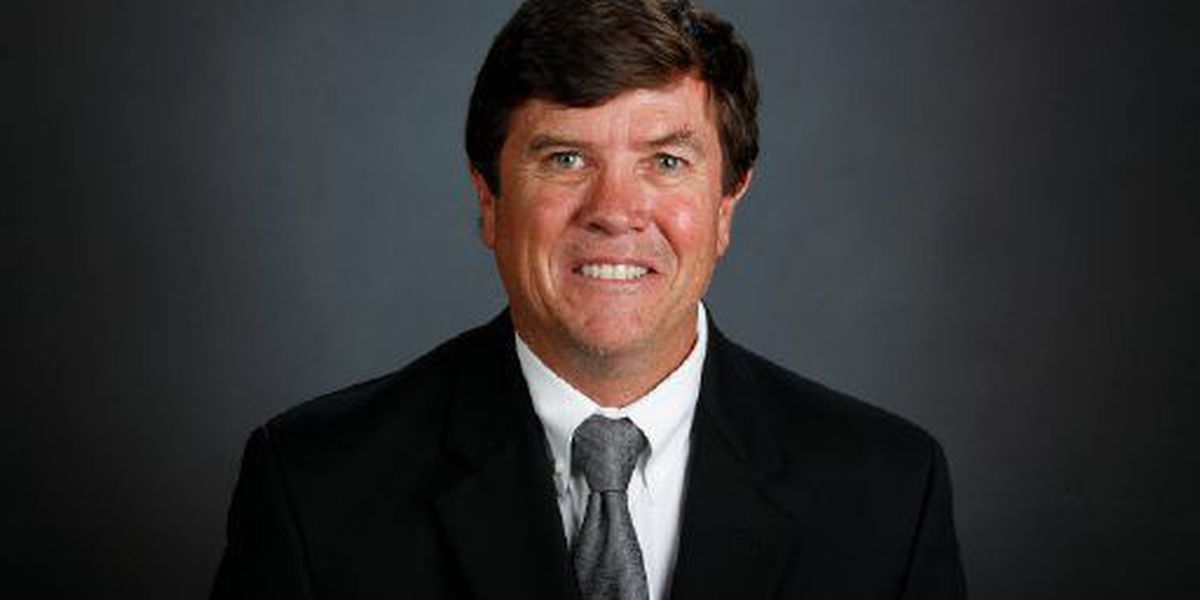 UA Diving Coach Pat Greenwell retires
