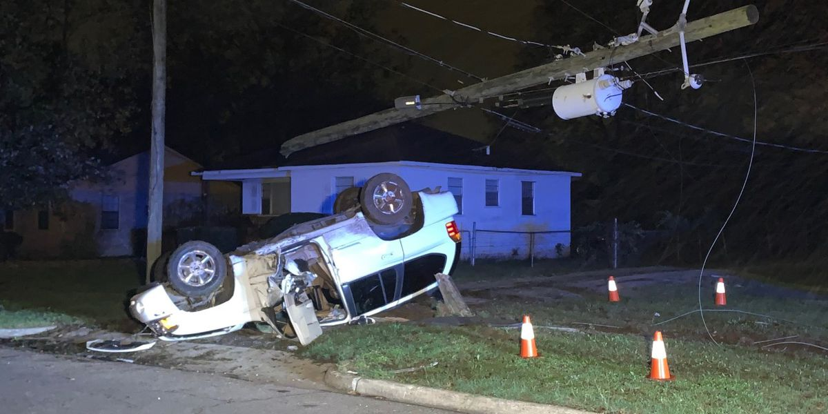 At least 1 person injured during overnight wreck in Birmingham