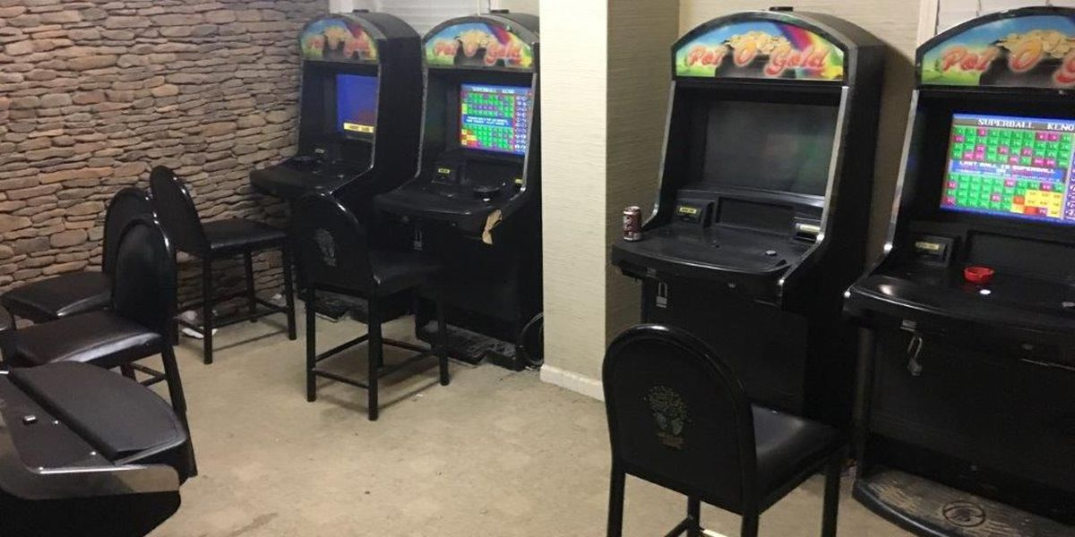 11 illegal gambling machines found on Queenstown Road