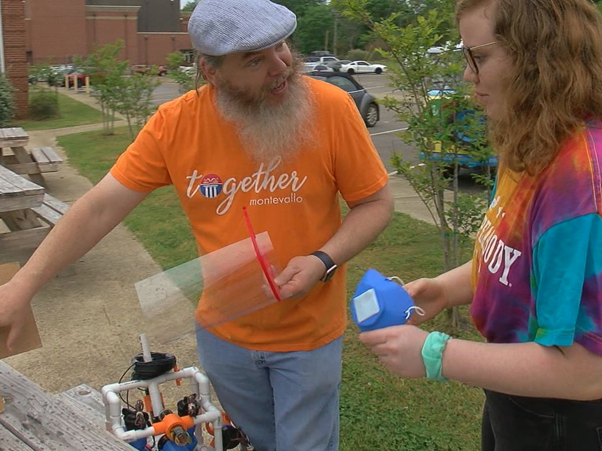 Montevallo High School teacher & his daughter make masks using 3D printer