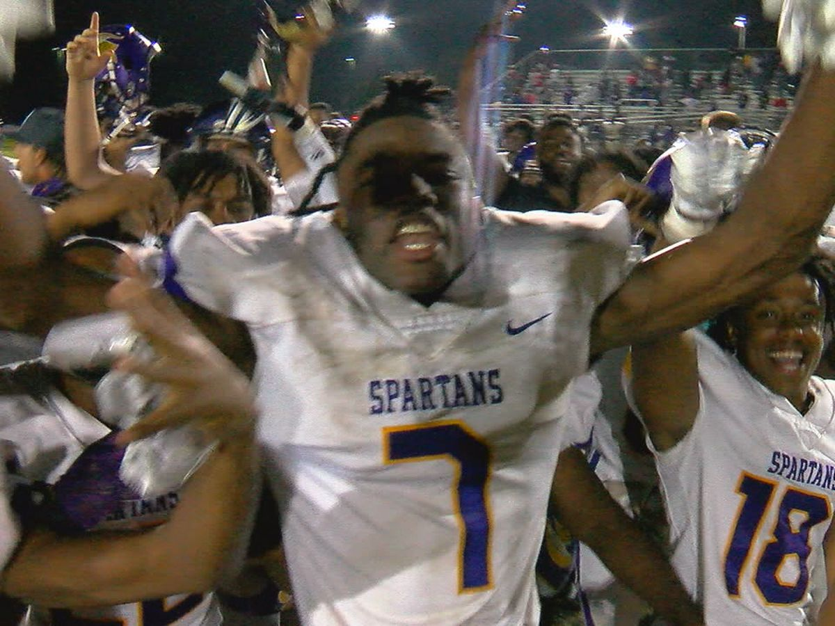 Sideline Game of the Week: Pleasant Grove knocks off two-time defending 5A state champs Central Clay Co. 37-30