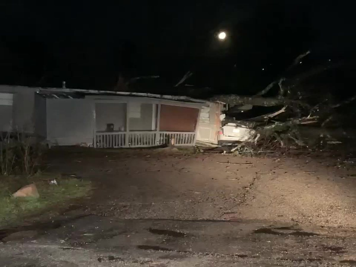 Jefferson County mobile home park damaged in tornado