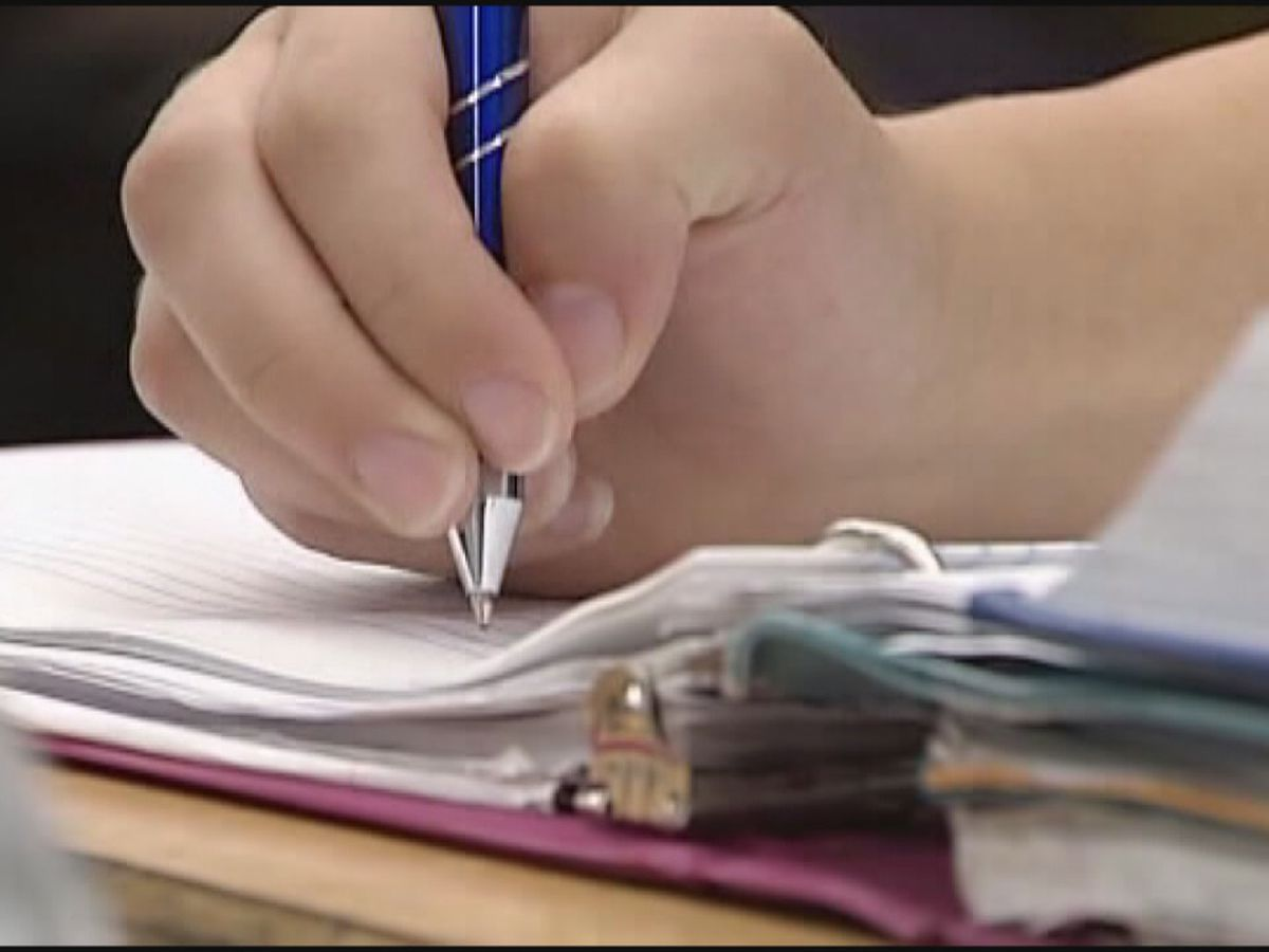 Bill would allow non-certified teachers to teach longer