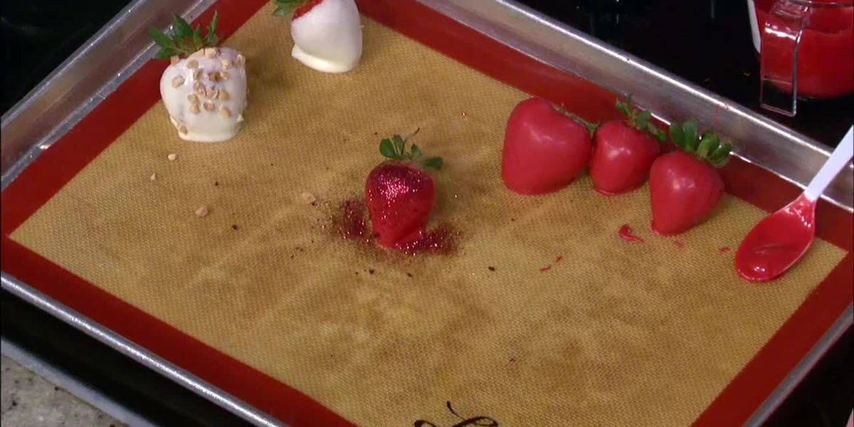 K&J's Elegant Pastries: Dipped strawberries