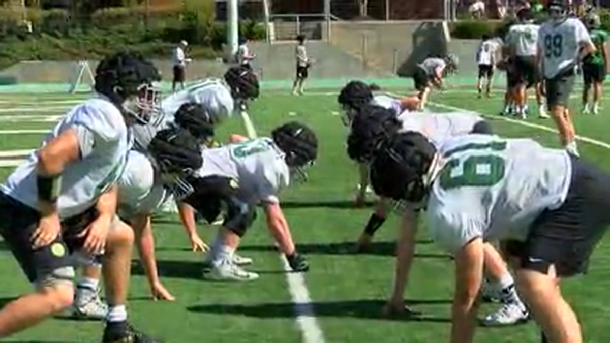 A Healthy Rivalry: Mountain Brook senior making impact off field