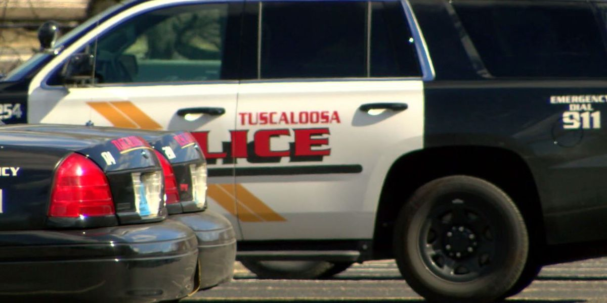 Robbery suspect hospitalized after victim fires back in Tuscaloosa