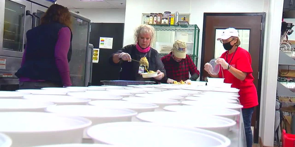 Seattle Soup Ladies provide fresh cooked meals to first responders in Fultondale following tornado