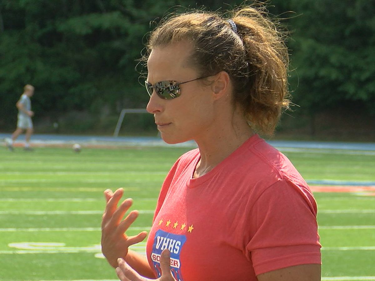 Vestavia Hills' soccer coach Brigid Meadow wins 300th game