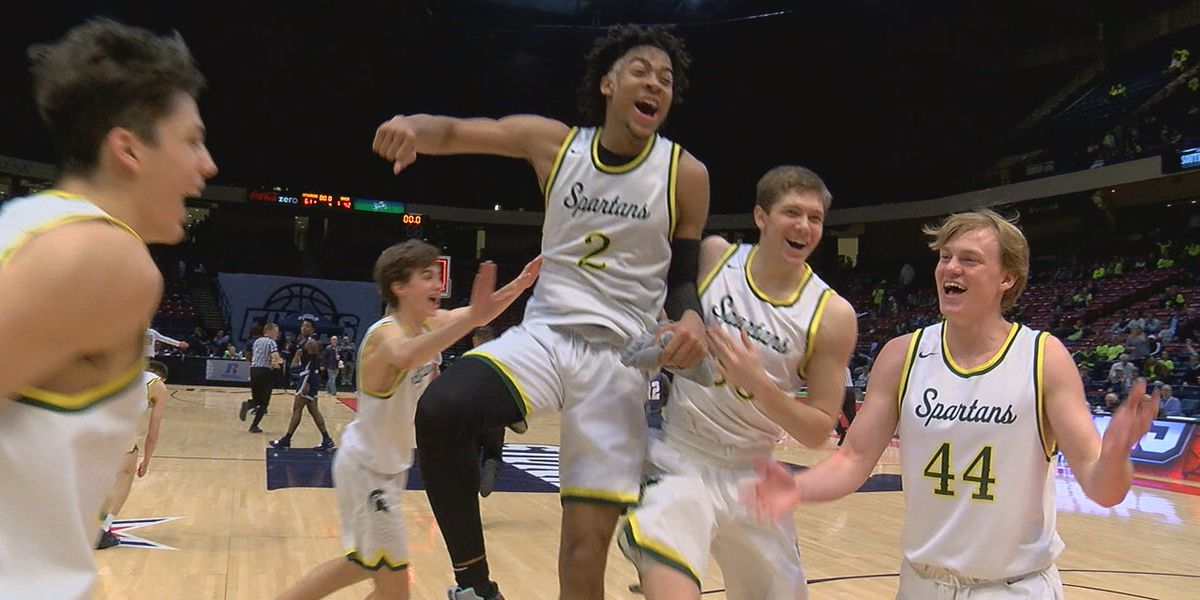 Mountain Brook wins third straight basketball championship