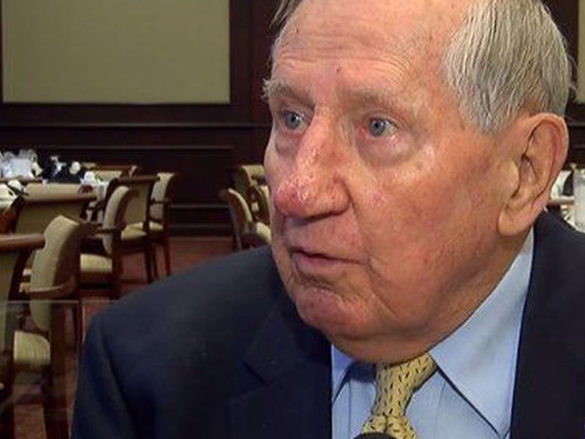 Former Vestavia Hills Mayor, UAB President Scotty McCallum passes away