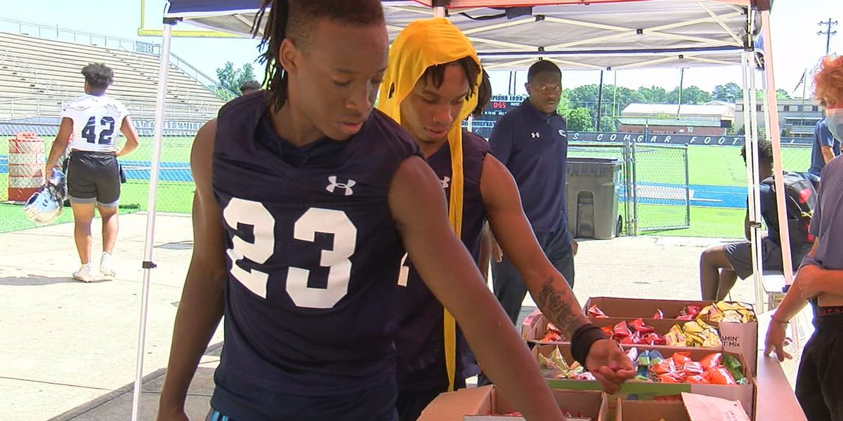 Local church feeds Clay-Chalkville football team to make sure no player goes home hungry