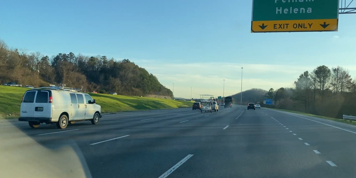 ALDOT plans to pave a fourth lane on I-65 from Alabaster to I-459