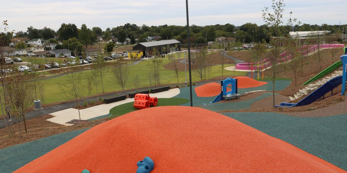 New park opens in Pratt City