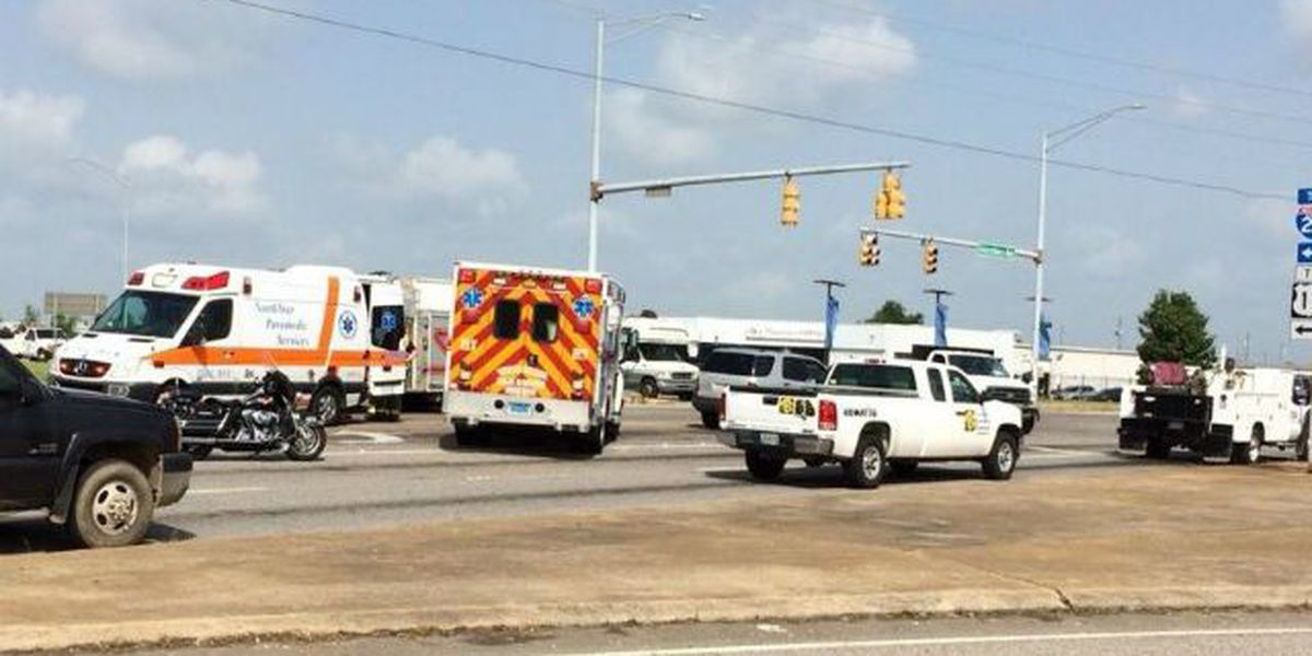 One injured in 3-vehicle wreck in Tuscaloosa