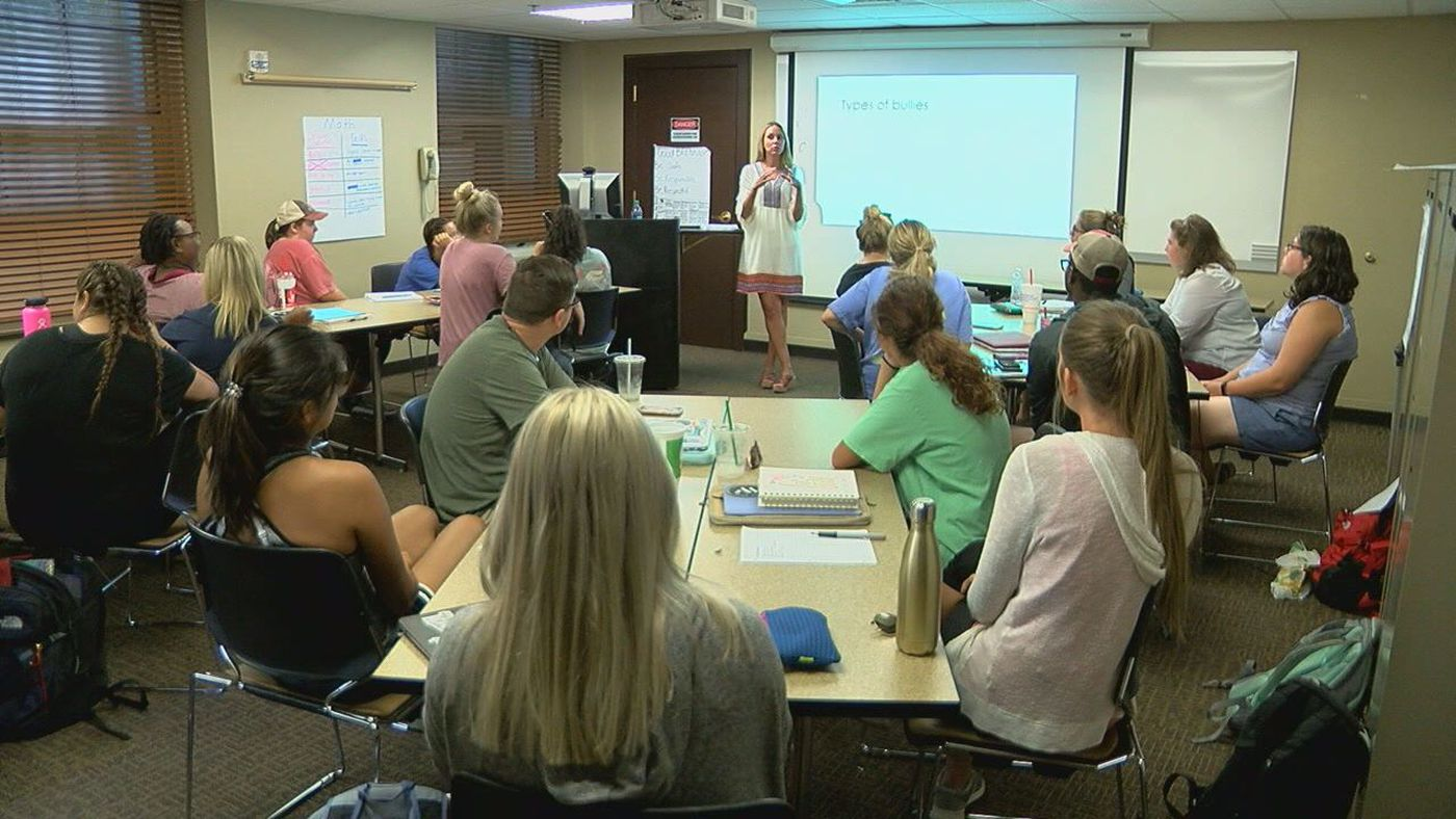 UA education majors take anti-bullying, suicide prevention training