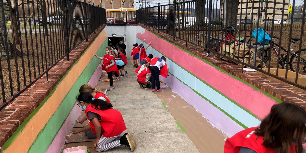 Shades Cahaba Elementary students speading joy through paint