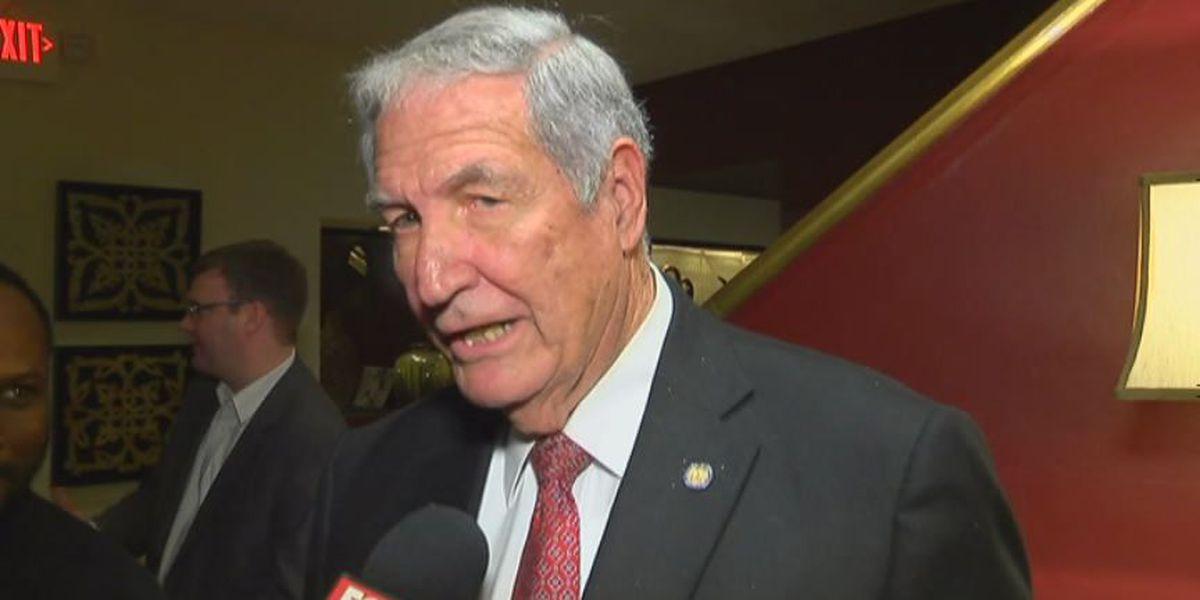 Former Alabama football coach Gene Stallings suffers stroke