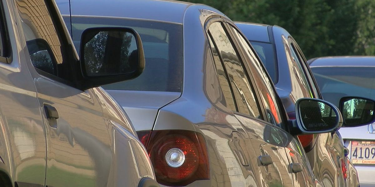 What thieves look for in unlocked cars