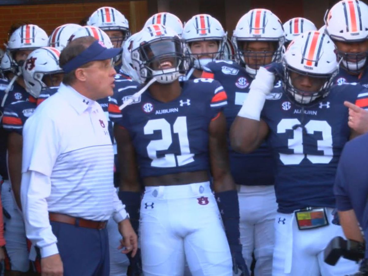 No. 12 Auburn's comeback sacked late against No. 4 Georgia