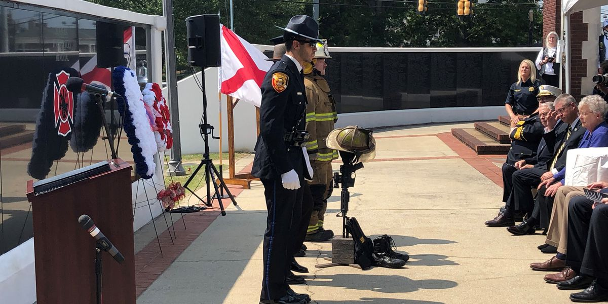 Anniston ceremony remembers 9/11, attended by Governor Ivey