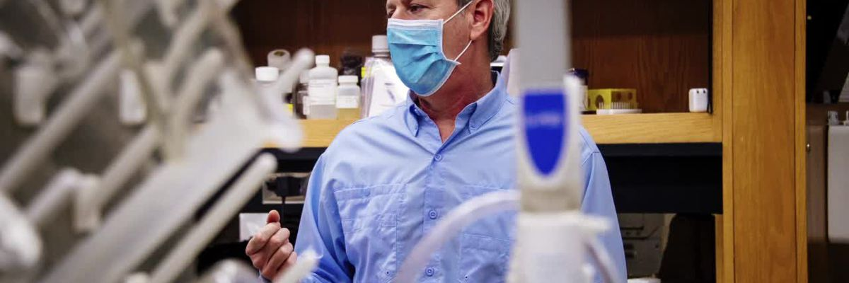 VIDEO; UAB researcher working his third Pandemic