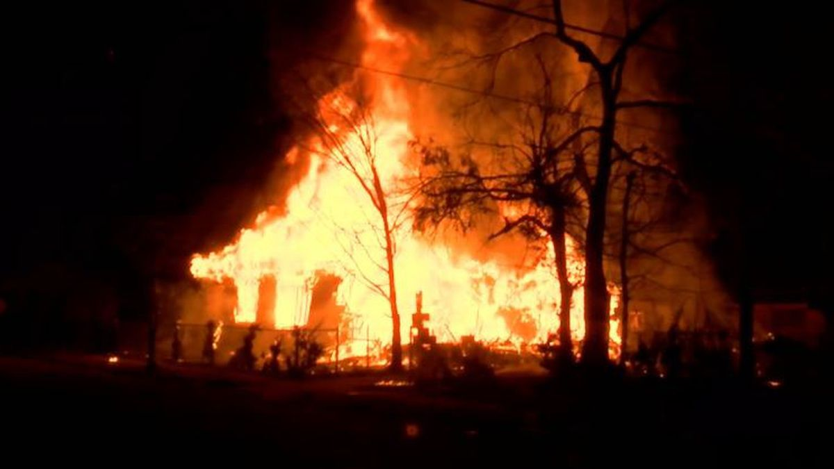 Massive fire collapses house in Ensley
