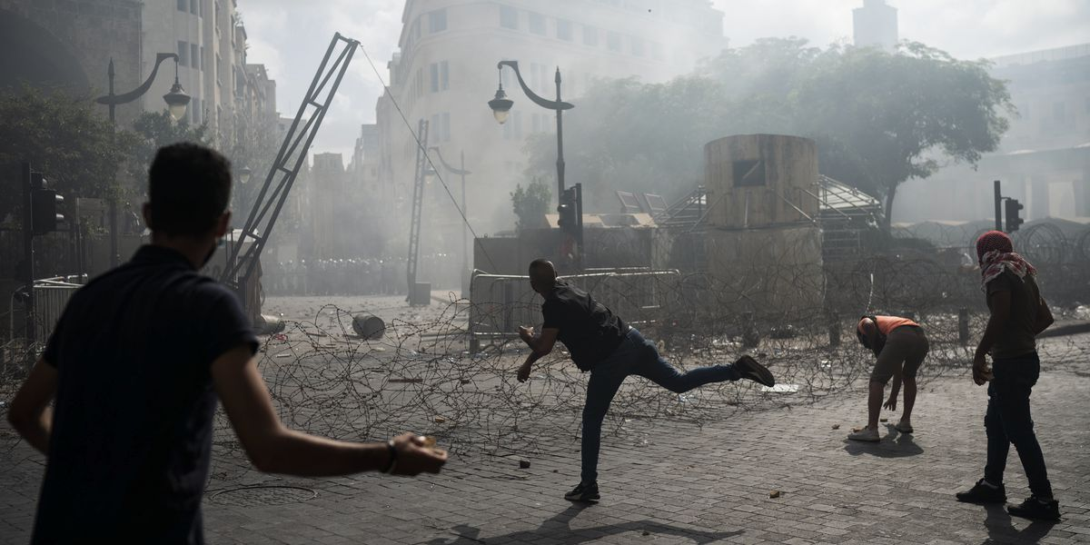 Lebanon PM to introduce bill proposing early elections amid fury over massive blast