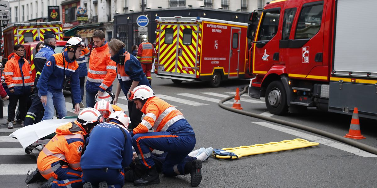 2 firefighters killed in Paris bakery blast; dozens injured