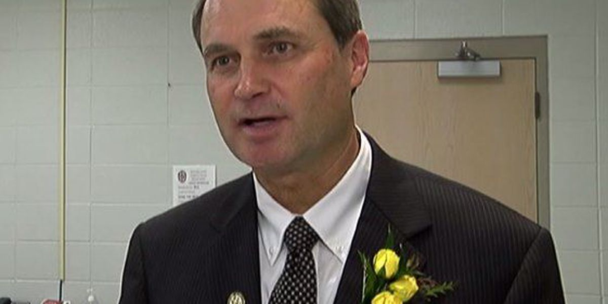 Cullman High School principal charged with trespassing gets new position