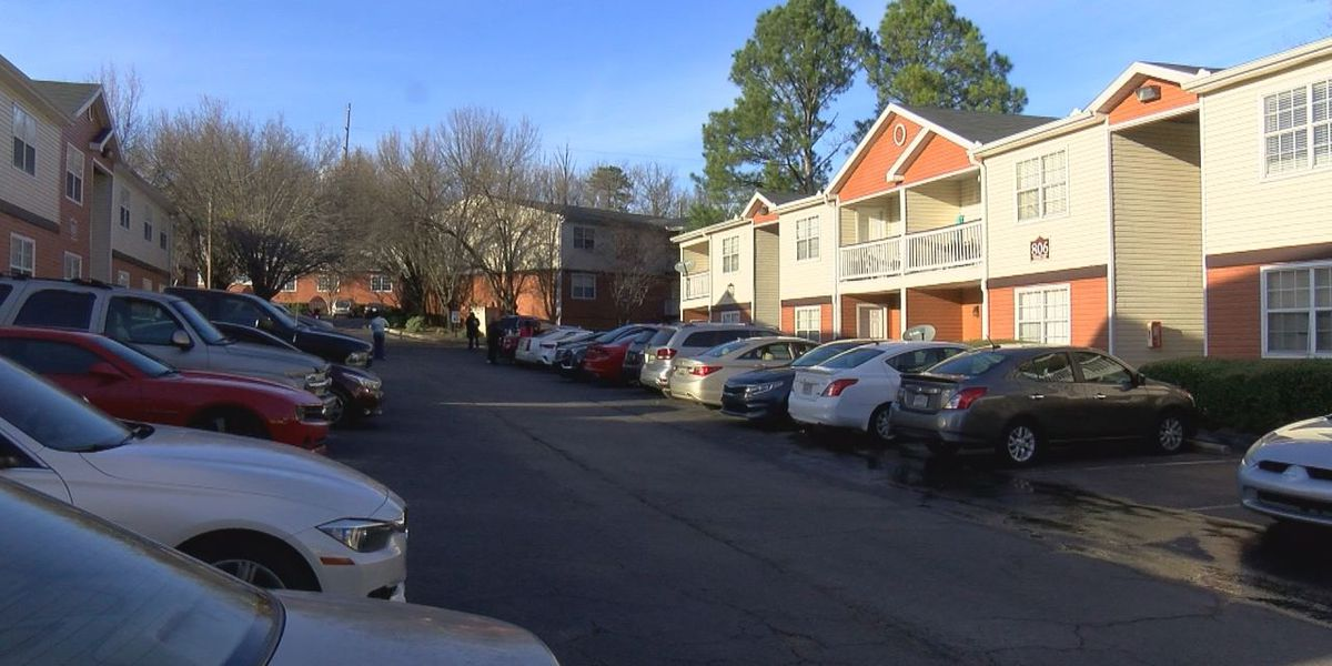 Hoover PD investigating homicide at apartment complex