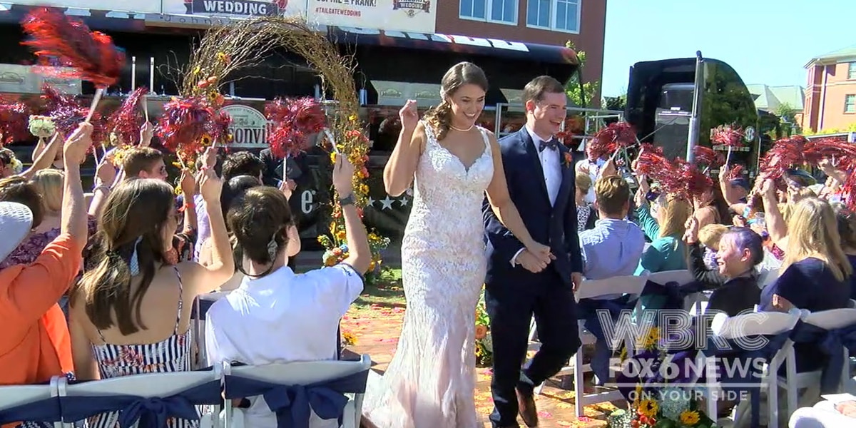 "Auburn couple says ""I Do"" at tailgate wedding"