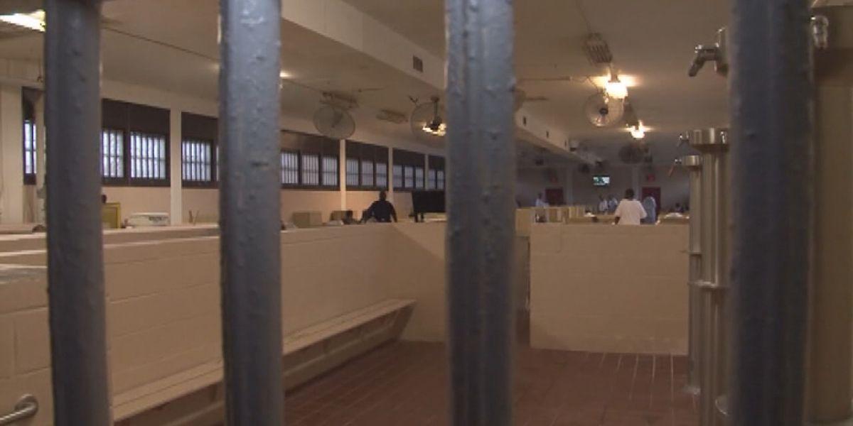 Former Alabama prisoners describe system as horrific, violent and inhumane