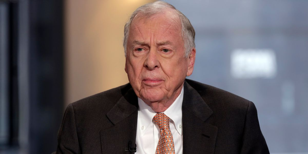 Oil tycoon T. Boone Pickens dies at age 91