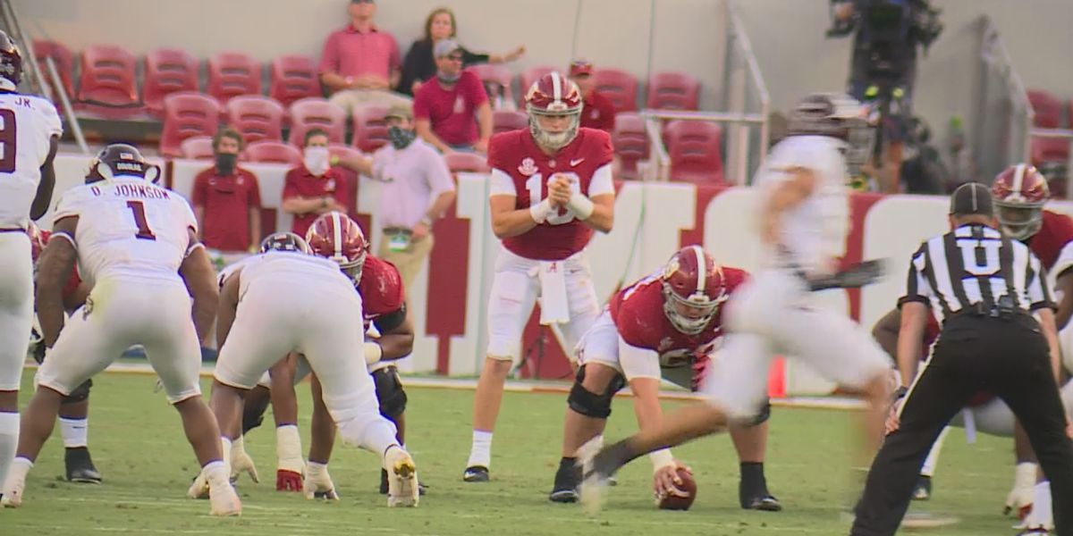 Mac Jones, John Metchie shine in Alabama's 52-24 win over Texas A&M