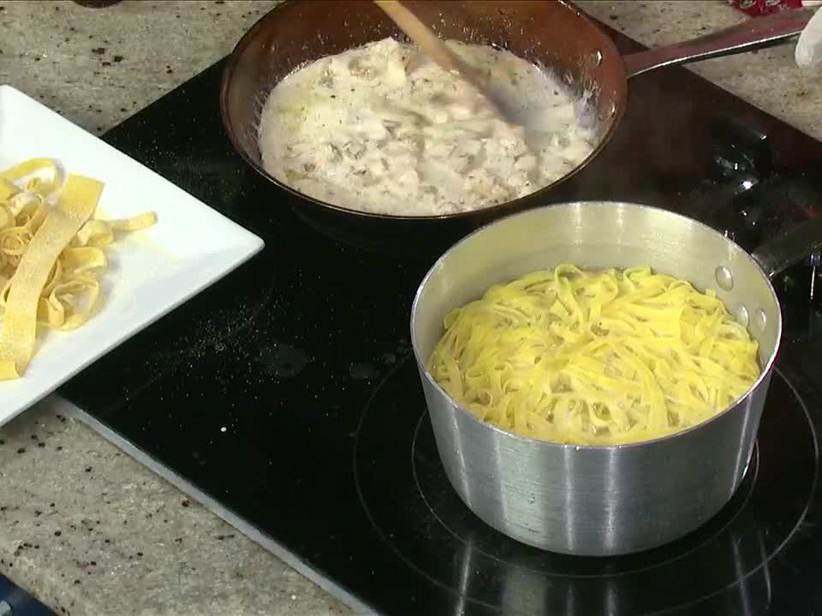 Barenaked Noodles: Fettucine Alfredo with Chicken