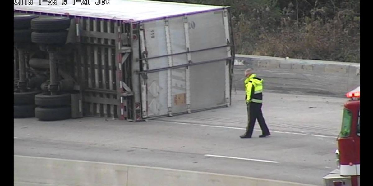 Truck overturns, blocks traffic at Dead Man's Curve on I-20