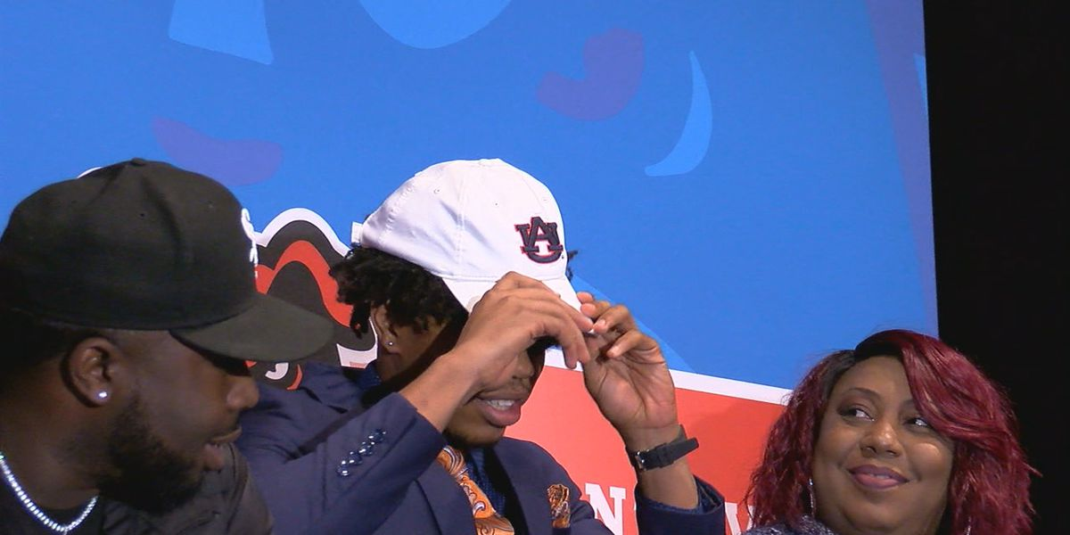 Auburn signs 4-star WR J.J. Evans from Montevallo