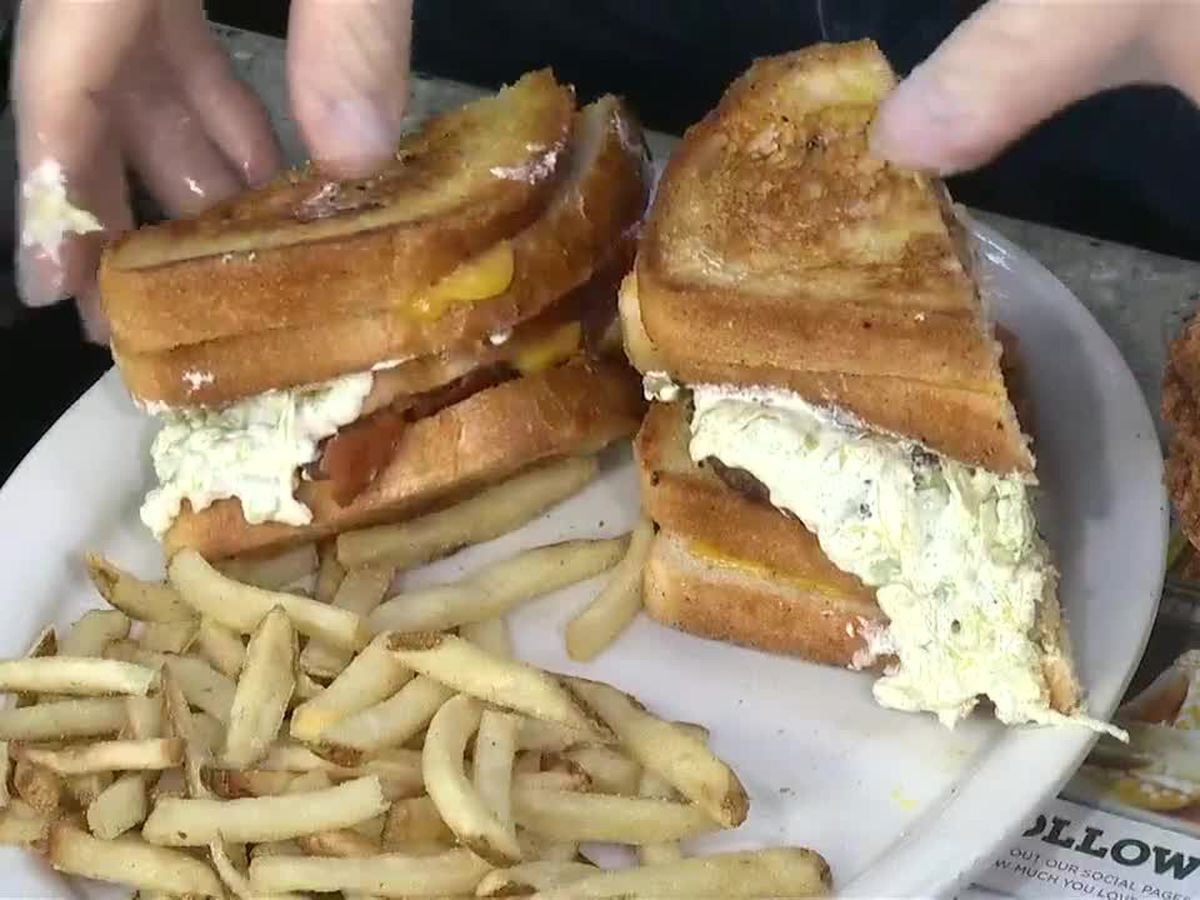 Metro Diner: Holy Davoli Burger