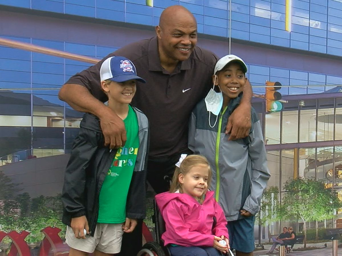 Charles Barkley makes Children's Hospital patient's 'dream come true'