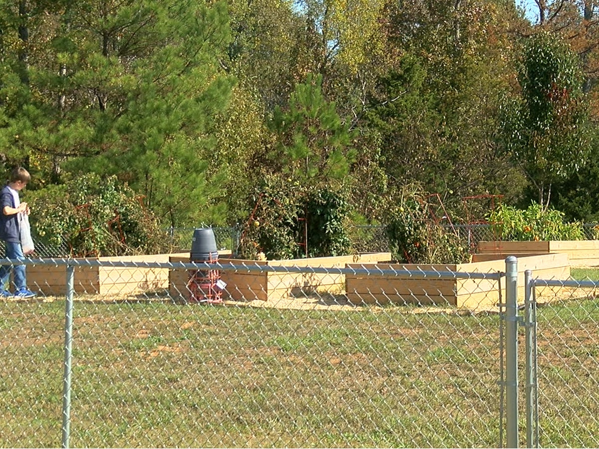 Jemison Intermediate rewards students with outdoor STEM classroom