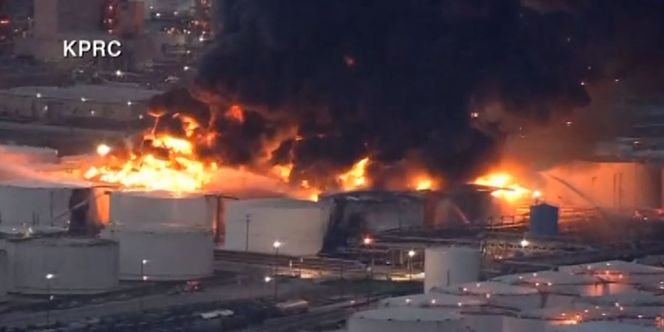 Crews work to control fire at Texas petrochemicals plant
