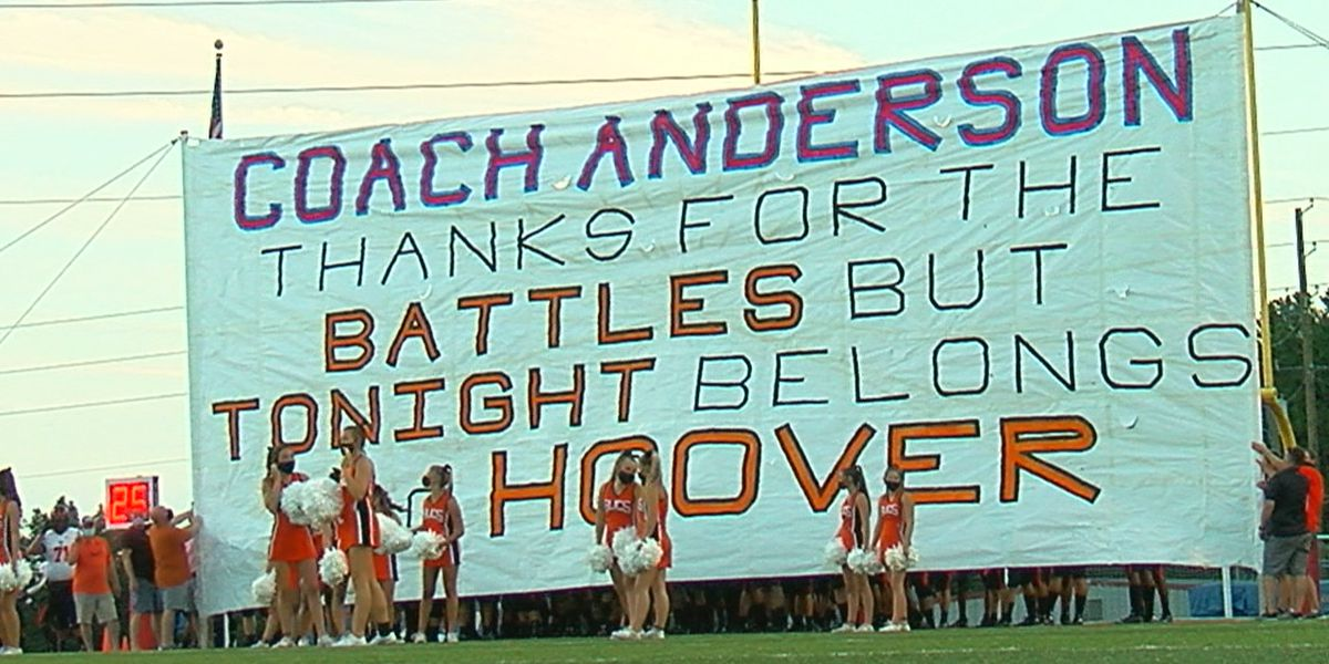 Sideline Game of the Week: Hoover beats Vestavia Hills 24-21 to open region play
