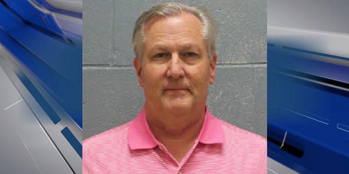 Former Ala. House Speaker Mike Hubbard turns himself in for prison sentence