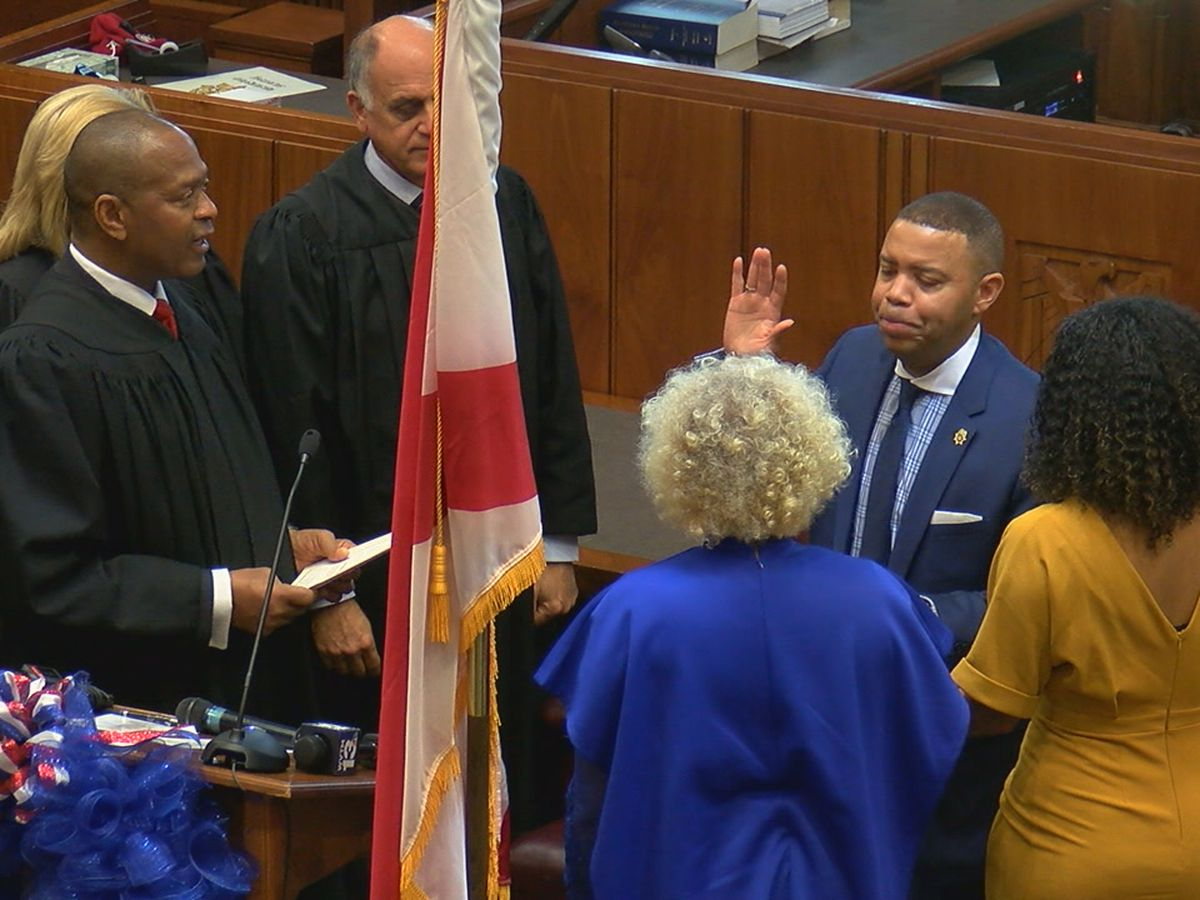 Danny Carr sworn in as Jefferson Co. District Attorney