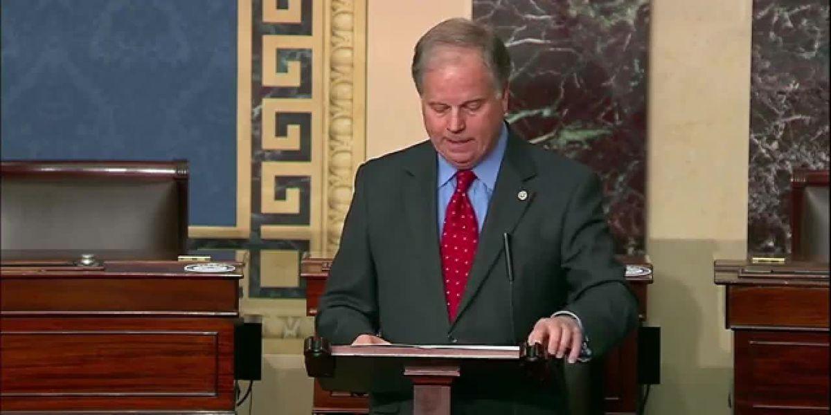 Former Alabama senator joining CNN as commentator