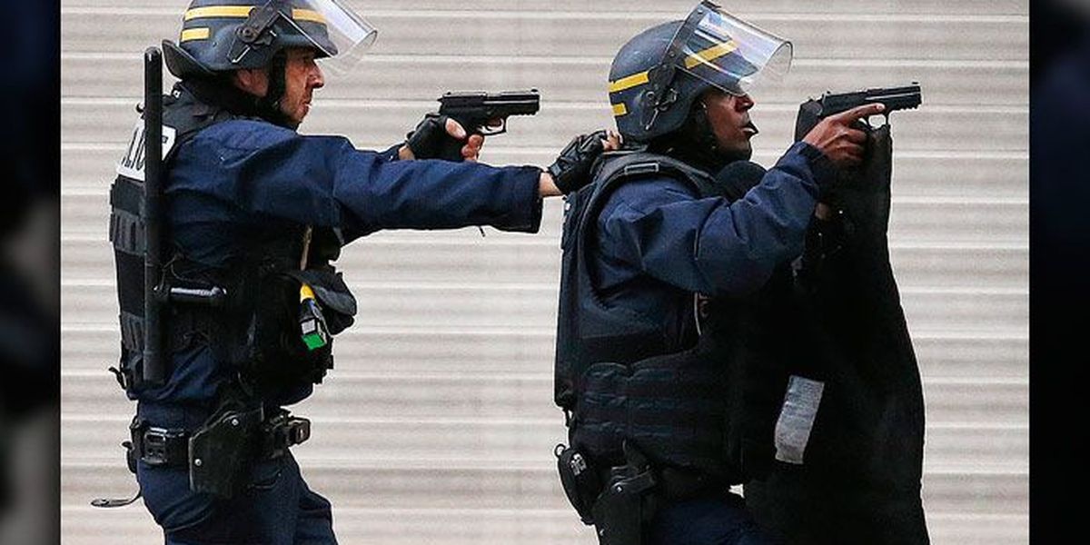 2 dead, 7 arrested in France anti-terror raid; Reports at 7 a.m.