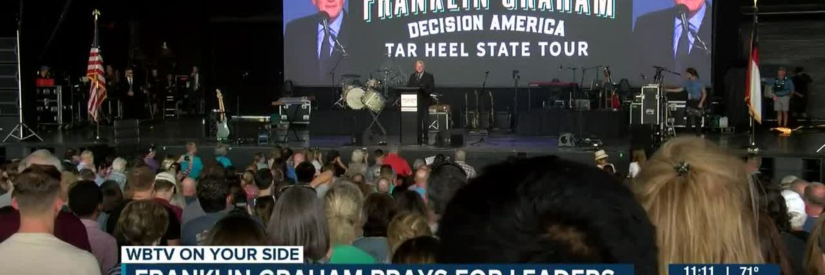 Tar Heel State Tour stops in Charlotte to pray for nation and it's leaders