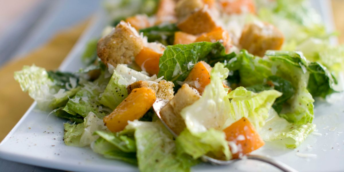 Americans, Canadians are warned: Don't eat romaine lettuce
