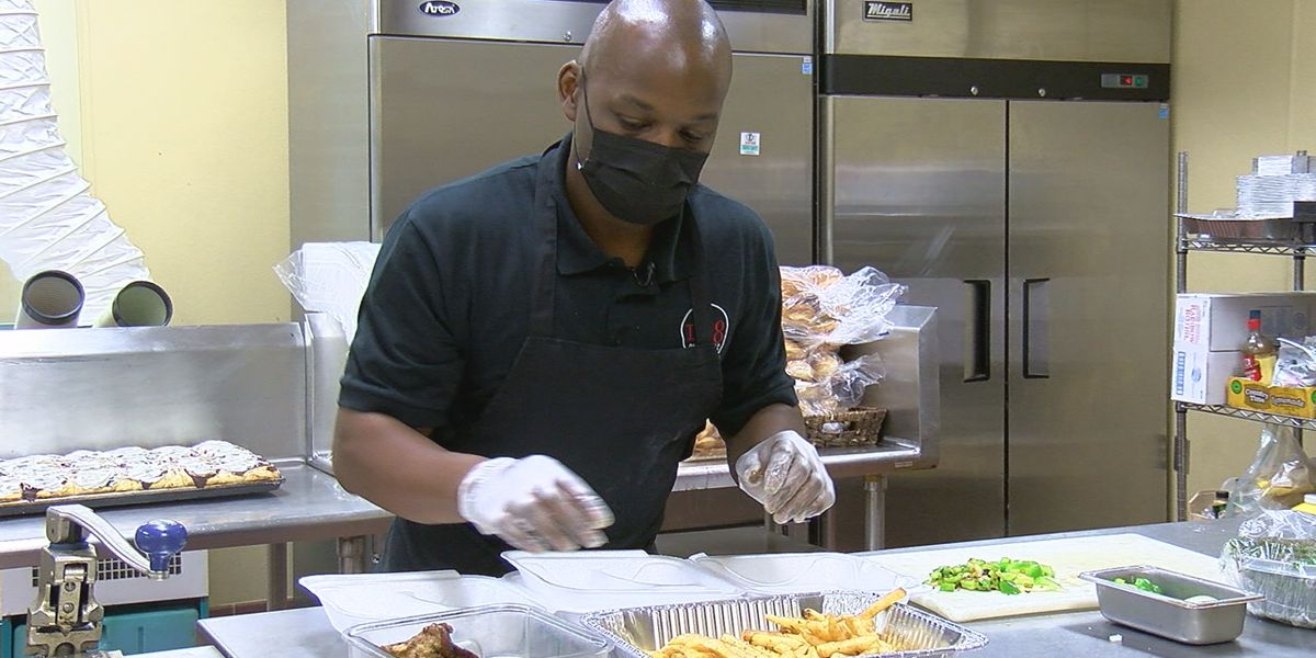 Restaurant worker shortage puts strain on local businesses